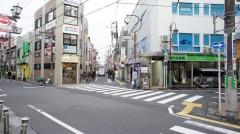 3.美登利寿司さんの売店右側の道を進みます